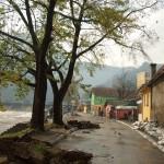 uzice-poplava-razorena ulica