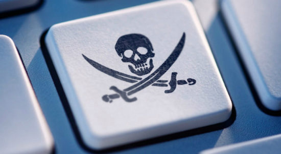 social-networks-piracy